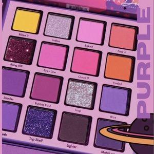 💜New Kara Beauty Purple Haze Eyeshadow Palette💜